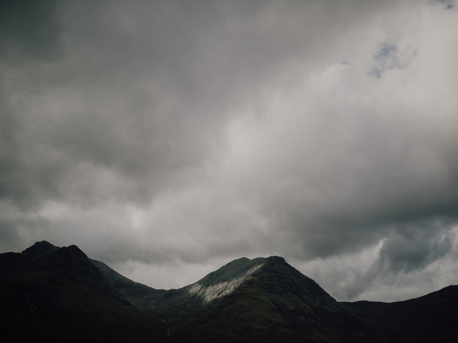 capyture-wedding-photographer-destination-elopement-isle-skye-scotland-21