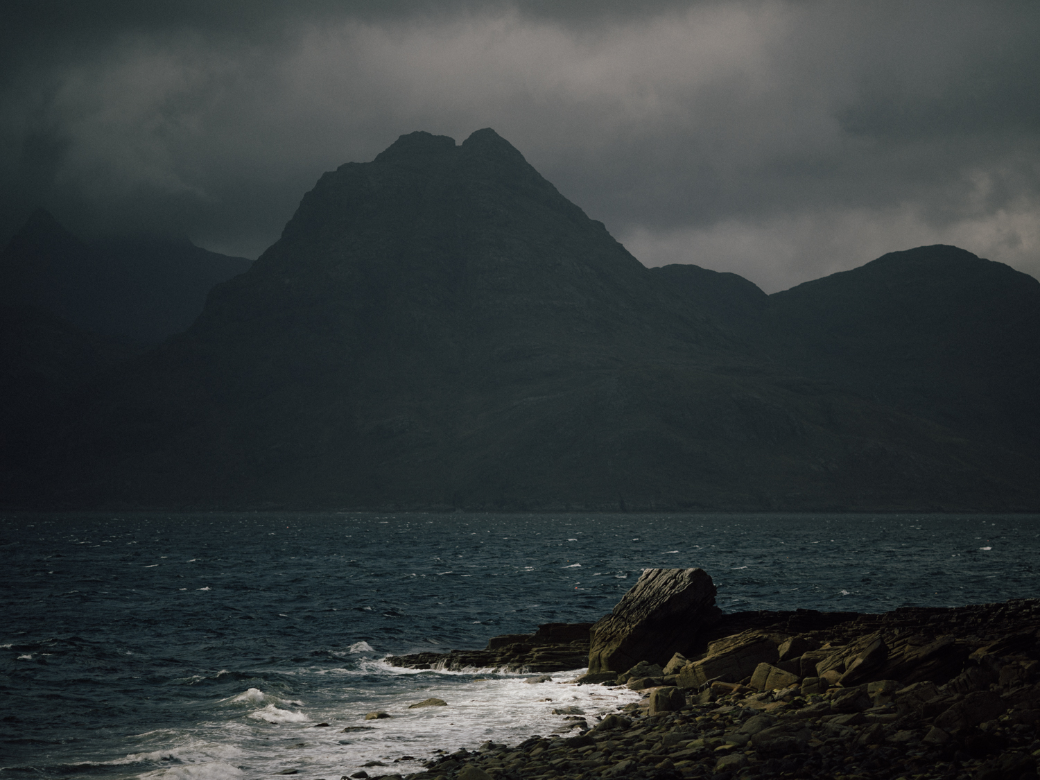 capyture-wedding-photographer-destination-elopement-isle-skye-scotland-25