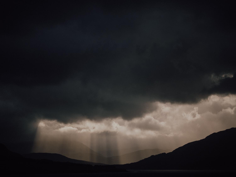 capyture-wedding-photographer-destination-elopement-isle-skye-scotland-38