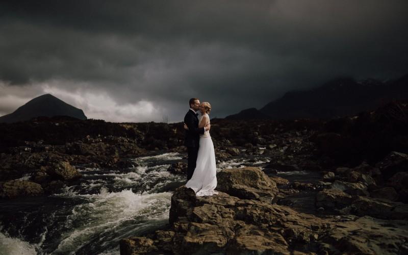 Heidi & Brad – an intimate wedding in Isle of Skye (Scotland)