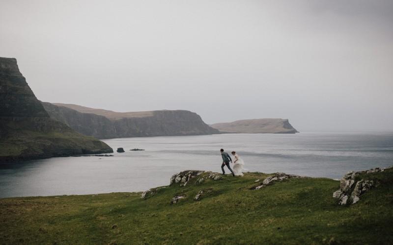 Loretta and Tom - an intimate wedding in Isle of Skye (Scotland)