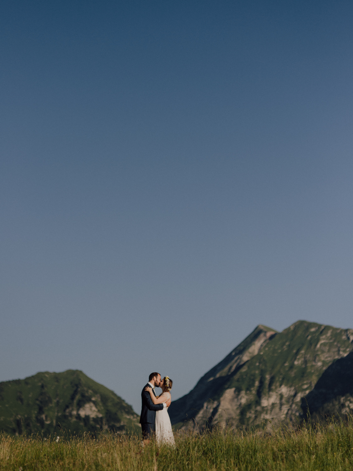 capyture-wedding-photographer-destination-elopement-switzerland-175