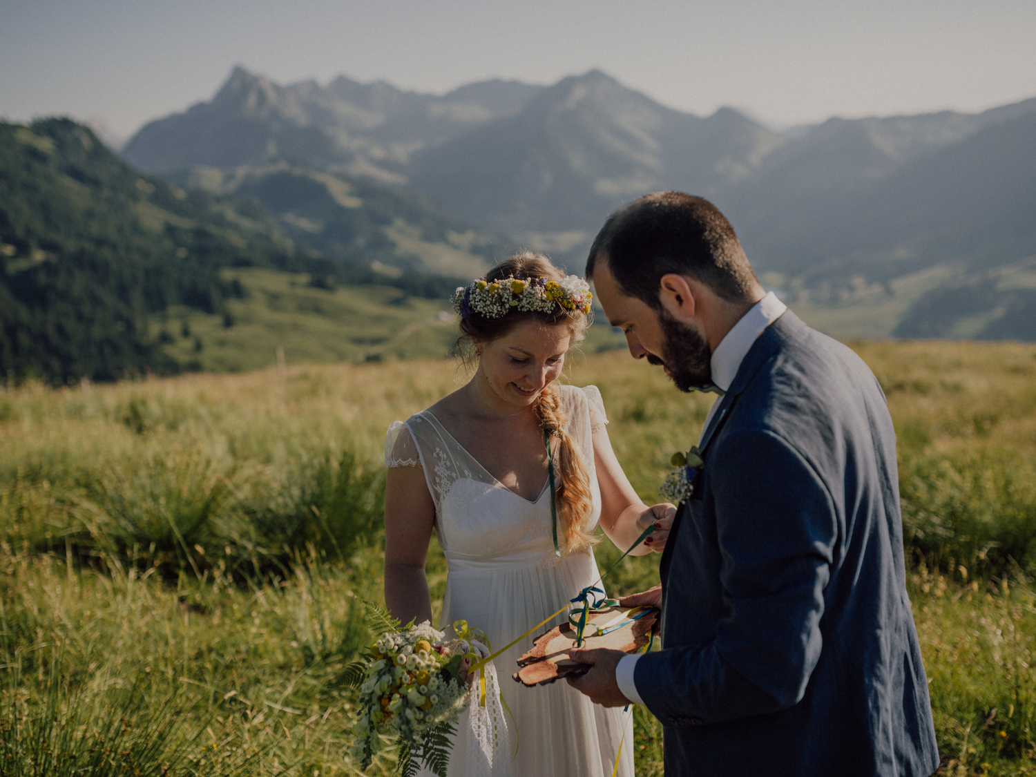 capyture-wedding-photographer-destination-elopement-switzerland-75