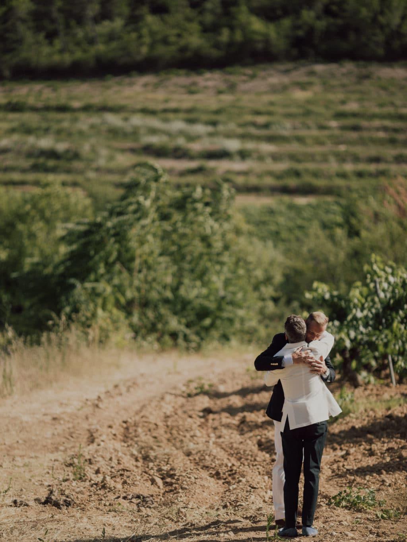 capyture-wedding-photographer-destination-nature-chateau-robernier-montfort-sur-argens-246