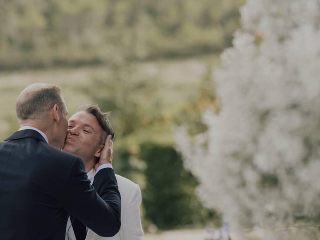 capyture-wedding-photographer-destination-nature-chateau-robernier-montfort-sur-argens-361