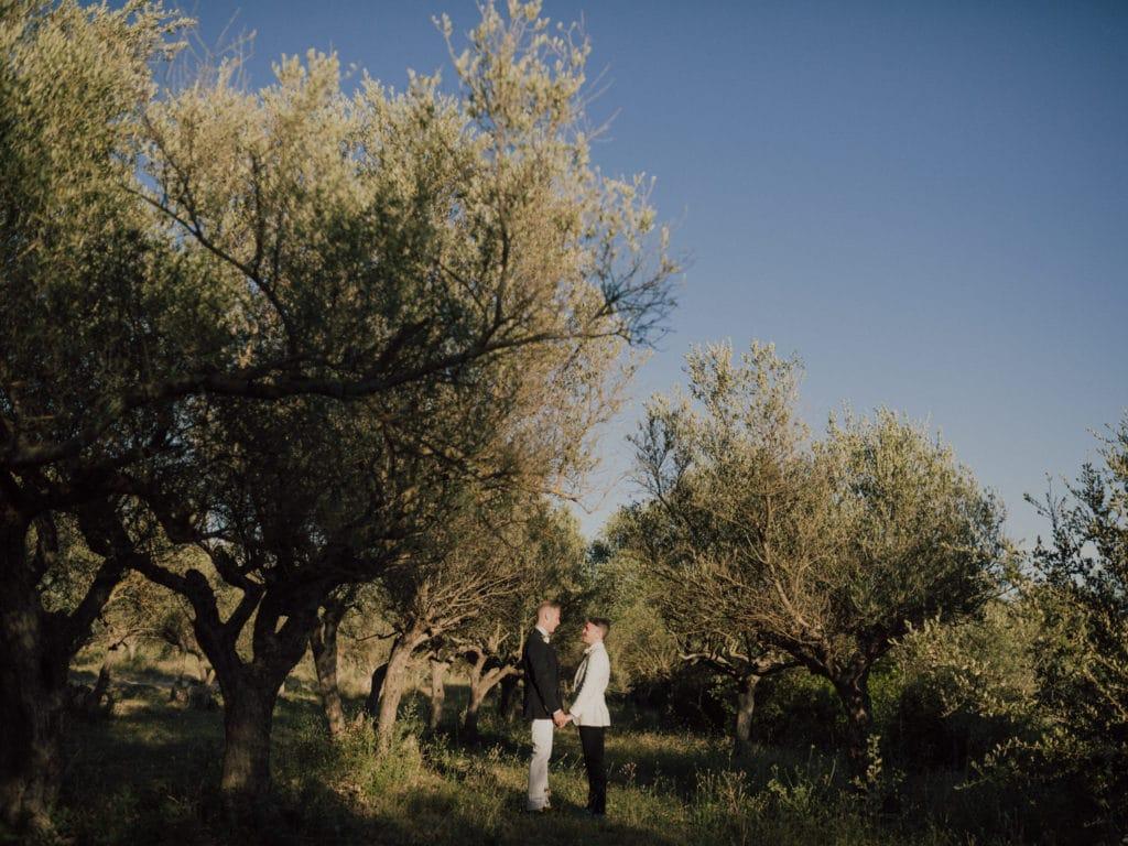 capyture-wedding-photographer-destination-nature-chateau-robernier-montfort-sur-argens-7771
