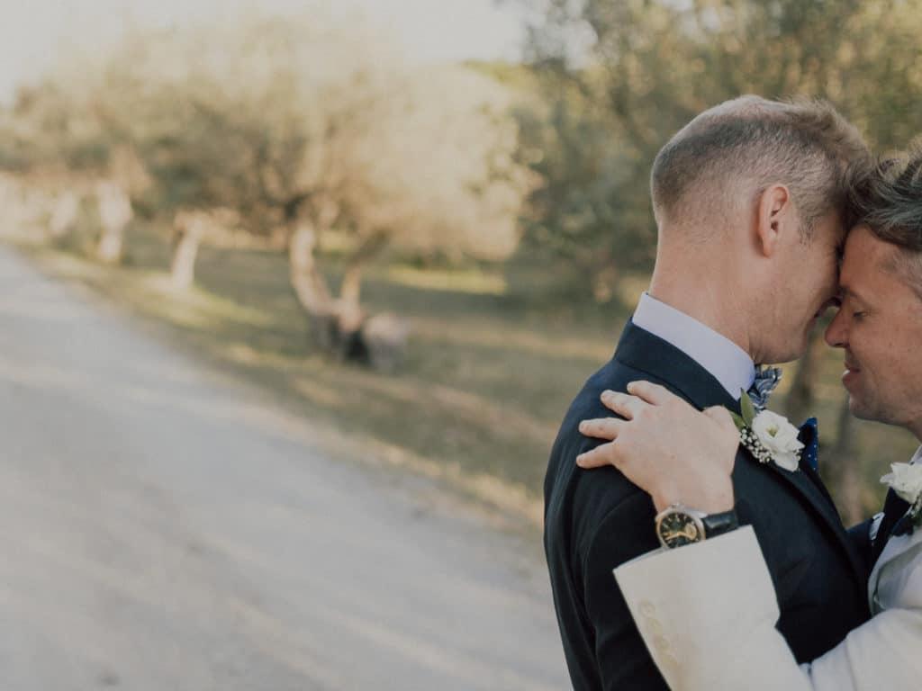 capyture-wedding-photographer-destination-nature-chateau-robernier-montfort-sur-argens-816