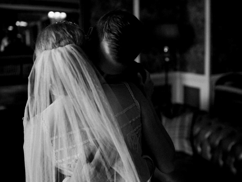 capyture-wedding-photographer-destination-elopement-isle-skye-scotland-109