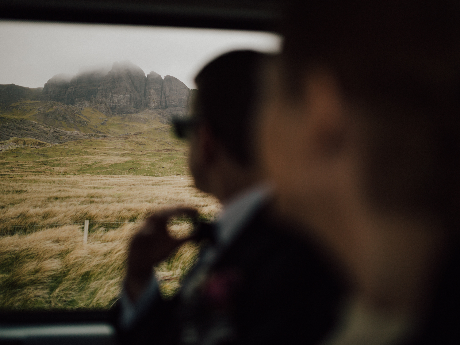 capyture-wedding-photographer-destination-elopement-isle-skye-scotland-365
