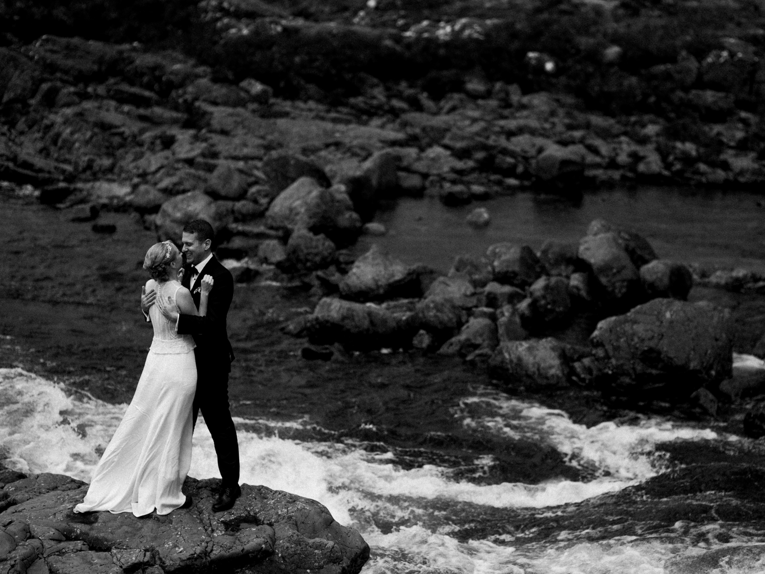 capyture-wedding-photographer-destination-elopement-isle-skye-scotland-384