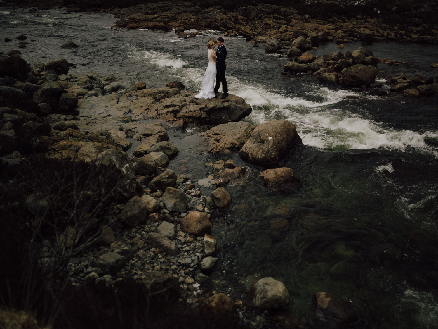 capyture-wedding-photographer-destination-elopement-isle-skye-scotland-388