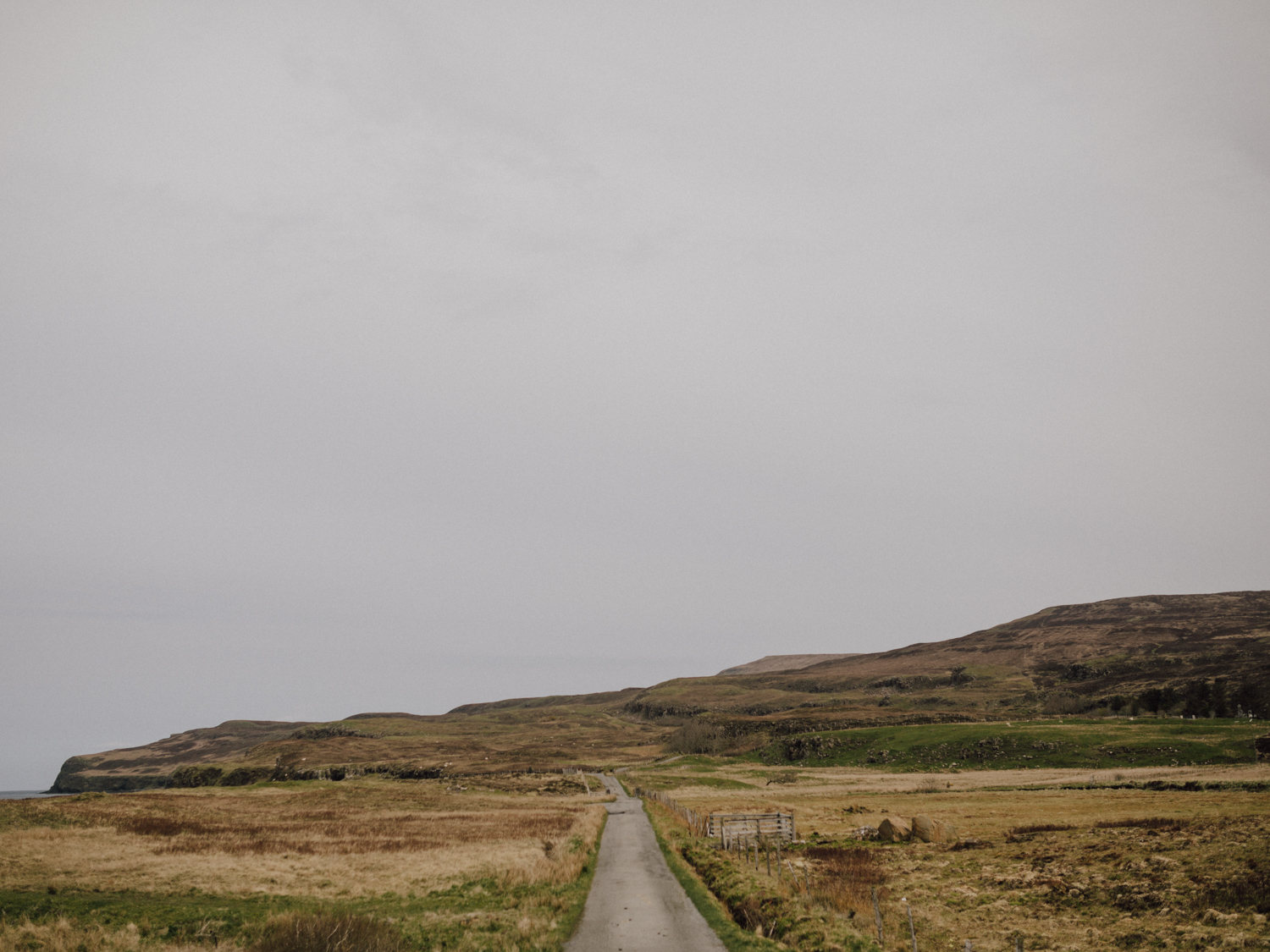 capyture-wedding-photographer-destination-nature-intimate-wedding-isle-of-skye-scotland-174