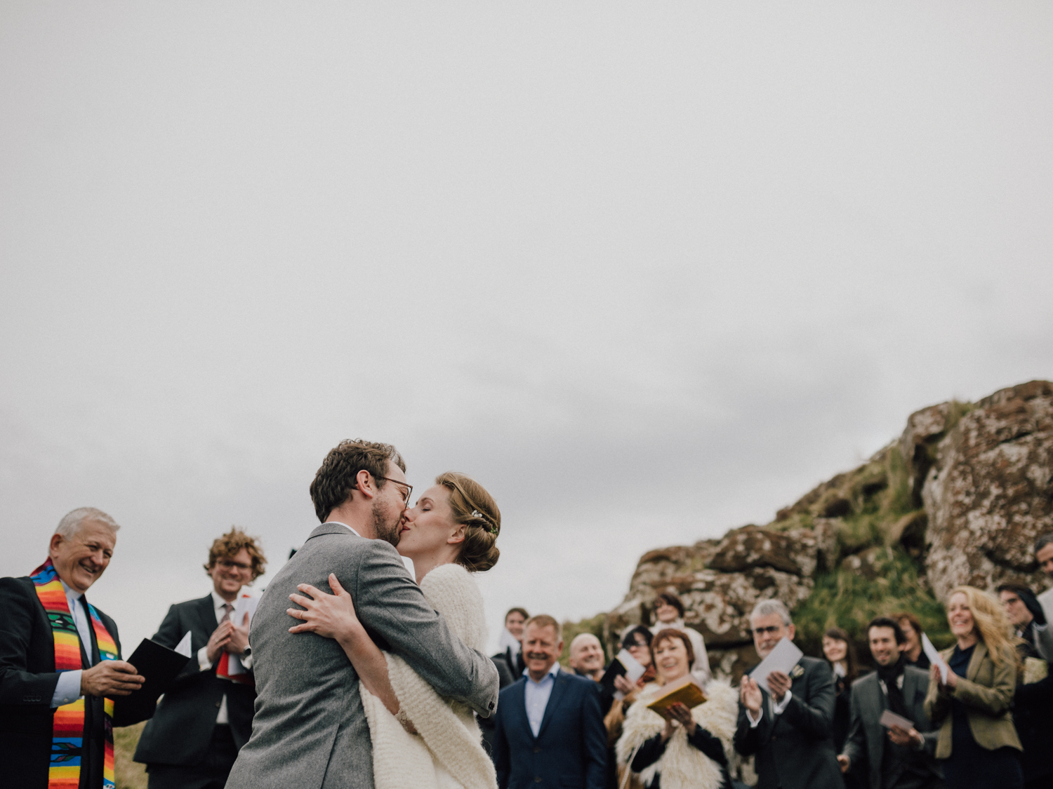 capyture-wedding-photographer-destination-nature-intimate-wedding-isle-of-skye-scotland-300