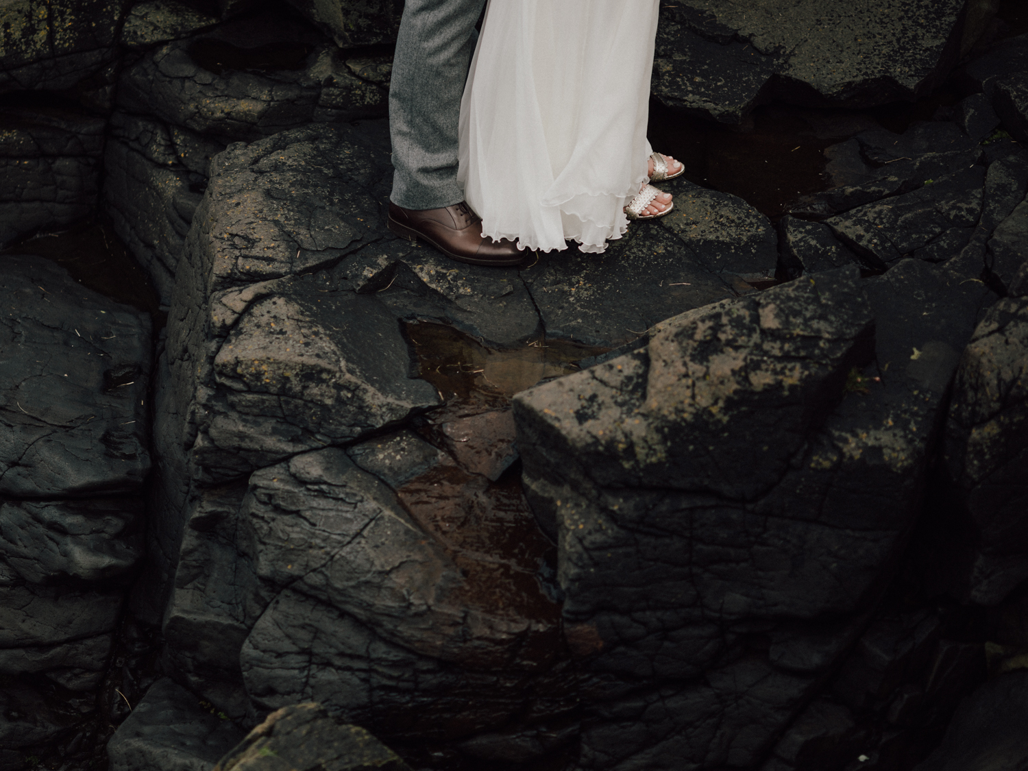capyture-wedding-photographer-destination-nature-intimate-wedding-isle-of-skye-scotland-378