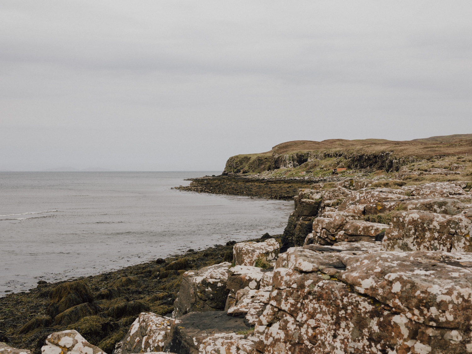 capyture-wedding-photographer-destination-nature-intimate-wedding-isle-of-skye-scotland-418