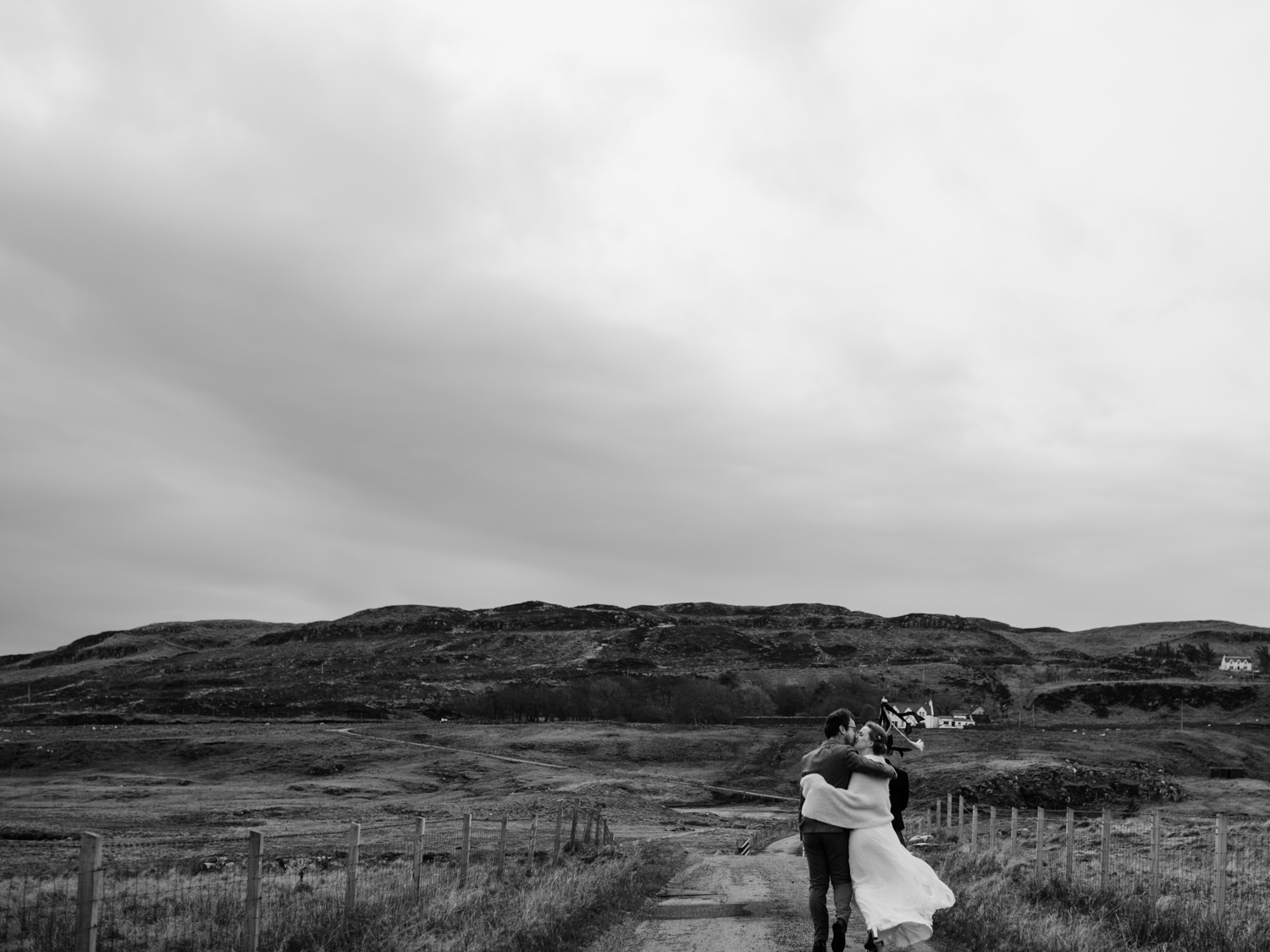 capyture-wedding-photographer-destination-nature-intimate-wedding-isle-of-skye-scotland-462