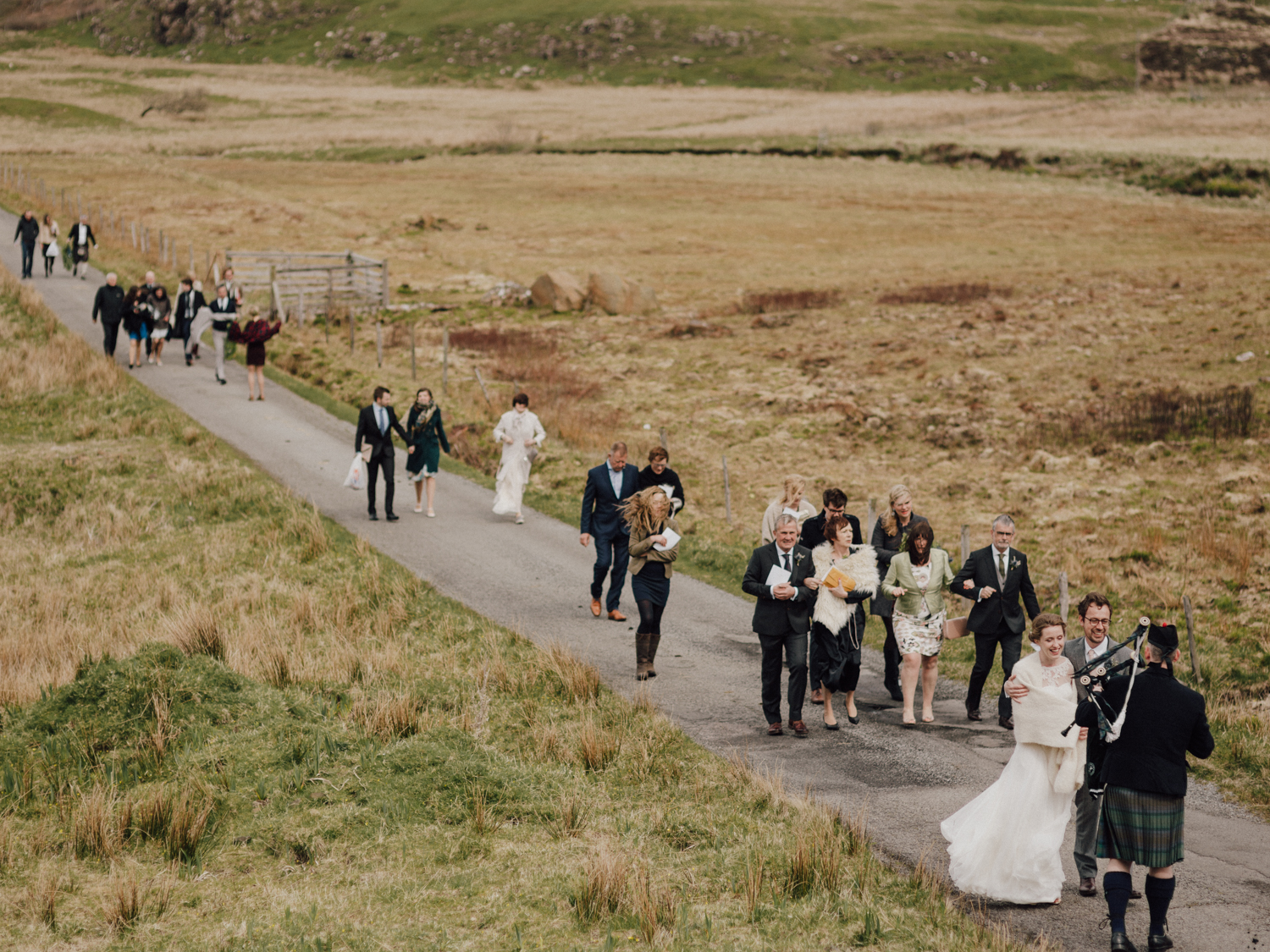 capyture-wedding-photographer-destination-nature-intimate-wedding-isle-of-skye-scotland-480